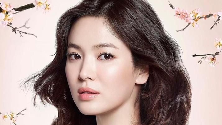 Song Hye Kyo lewat agensinya buka suara soal alasan perceraian dengan sang suami, Song Joong Ki