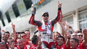 FOTO: Selebrasi Kemenangan Jorge Lorenzo di MotoGP Austria