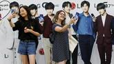 Mereka berharap bisa menyusul BTS, yang pada Juni lalu menjadi boyband K-pop pertama yang menduduki tangga album Billboard dan sejak itu memenangi berbagai penghargaan lain. (REUTERS/Mike Blake)