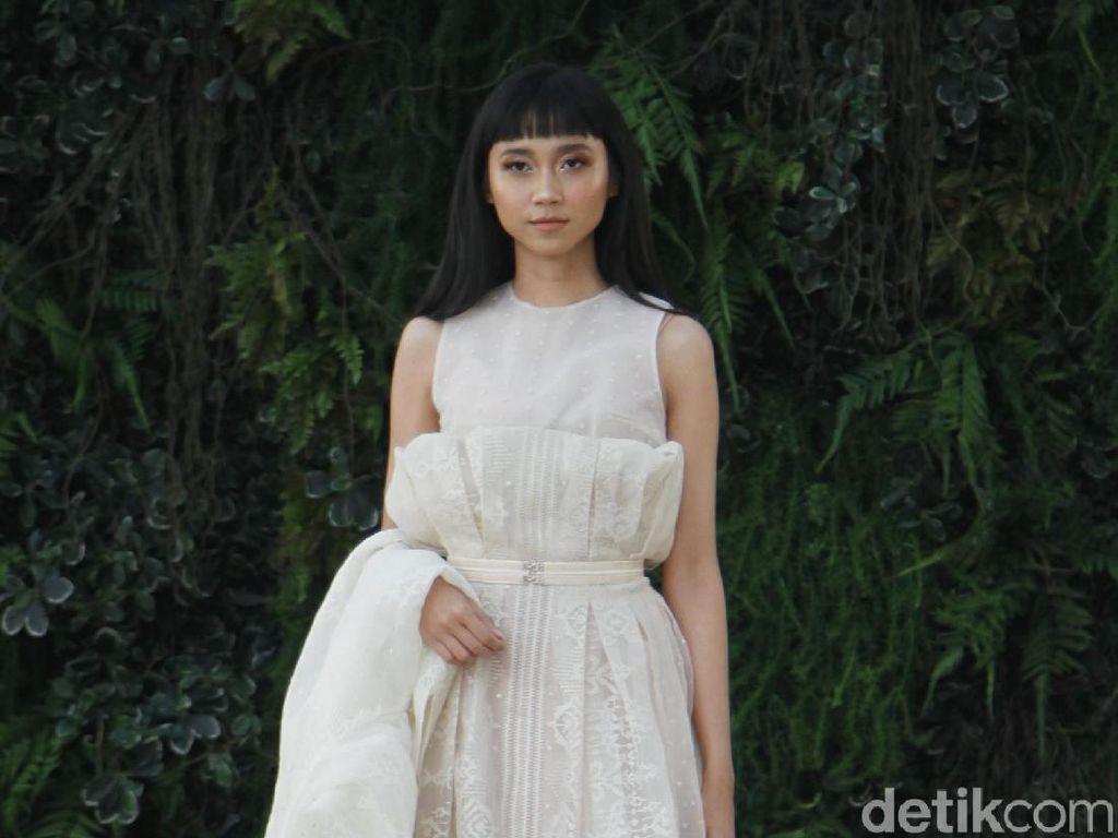 21 Gaun Pengantin Terbaru Sapto Djojokartiko di Grand Hyatt Wedding Fair