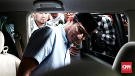 Relawan Jokowi Laporkan Dugaan Mahar Rp500 M Sandi ke Bawaslu