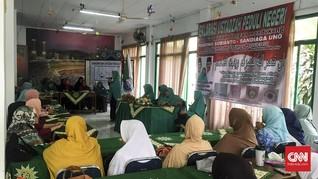 Ratusan Emak-emak Jihad fi Sabilillah Dukung Prabowo-Sandiaga