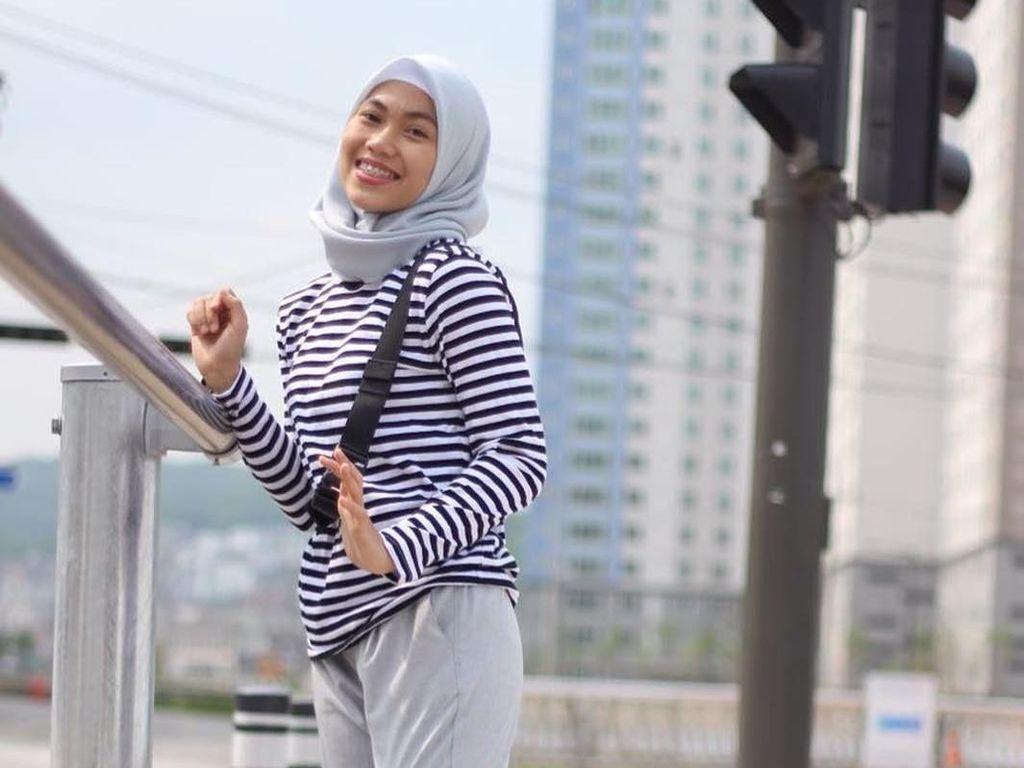 Potret Defia, Atlet Taekwondo Berhijab yang Siap Tanding di Asian Games