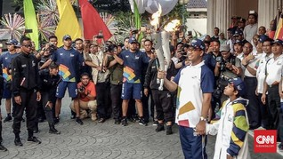 Anies Baswedan Lari Pagi bersama Obor Asian Games