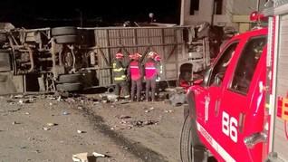 Bus Kramat Jati Terguling di Cicalengka, 2 Orang Tewas