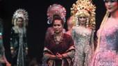 Mengenal Vera Kebaya Anggraini, Desainer Langganan Selebriti dan Pejabat
