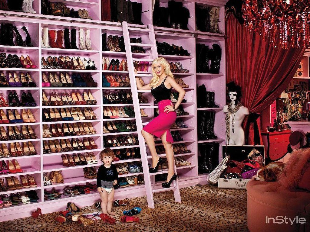 Foto: Mengintip Lemari Baju Selebriti yang Bikin Melongo, Seperti Butik!