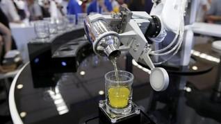 Saat Robot Meracik Koktail di Praha