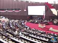 Jokowi Banggakan Ekonomi Tumbuh 5% di Depan DPR