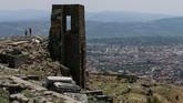 Pergamon, yang hingga kini masih menyisakan peradaban dari zaman kuno. (Anadolu Agency/Mahmut Serdar Alakuş)