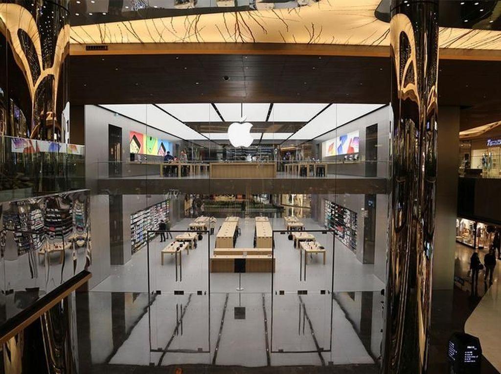 Sampai saat ini, belum ada tanda-tanda Apple Store Turki ditinggalkan pembeli. Foto: istimewa