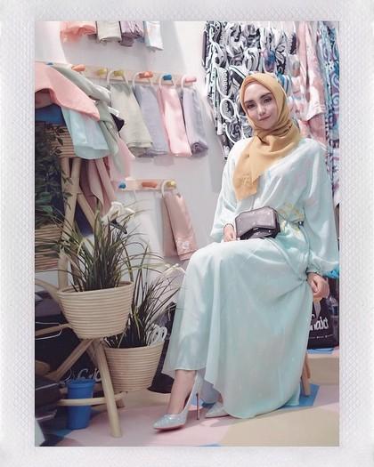 Foto: Cerai dari Taqi Malik, Gaya Hijab Salmafina Kini Berubah