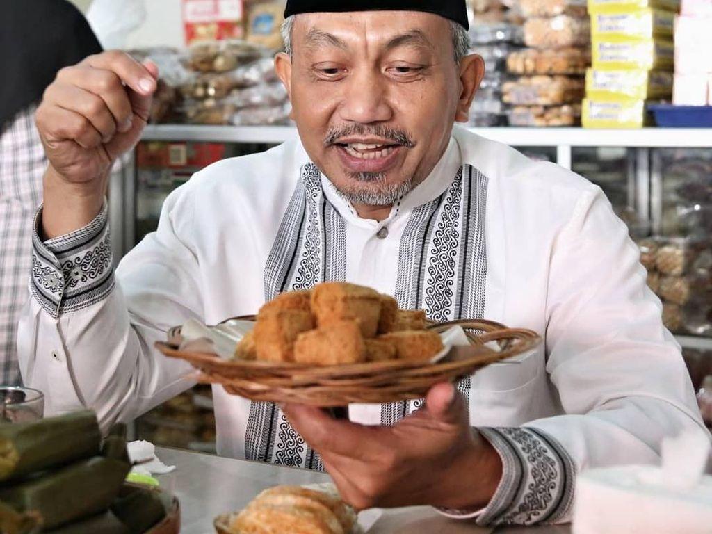 Hobi Makan Soto dan Bubur, Ini Potret Ahmad Syaikhu Calon Pengganti Sandiaga