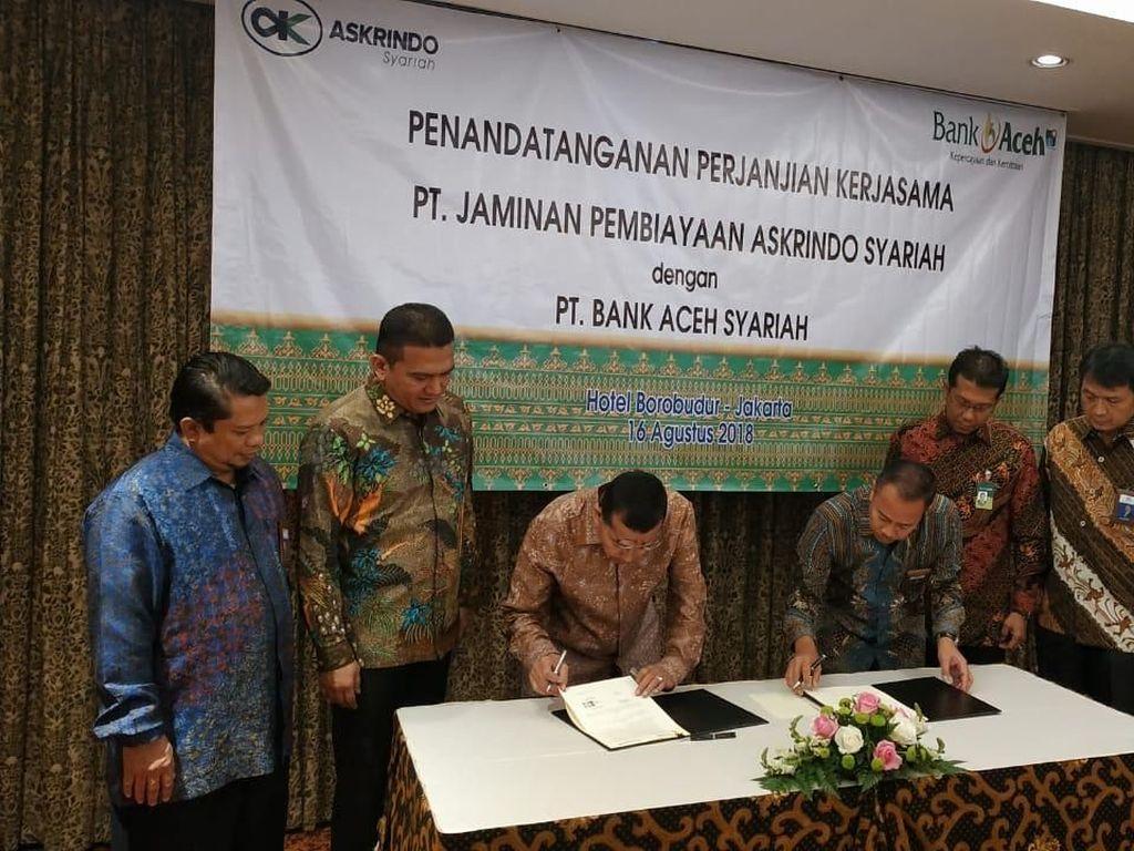 Selain penjaminan pembiayaan, kedepan Askrindo Syariah juga akan menawarkan ke Bank Aceh Syariah beberapa produk unggulan yang dimiliki Askrindo Syariah dan akan melakukan inovasi produk untuk peningkatan kedua belah pihak. Istimewa.