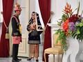 Sentuhan Keemasan di Busana Minangkabau Iriana Jokowi