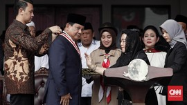 Prabowo Subianto Raih The Star of Soekarno di HUT ke-73 RI