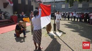 Haru dan Khidmat Upacara 17 Agustus ala Seniman Bandung