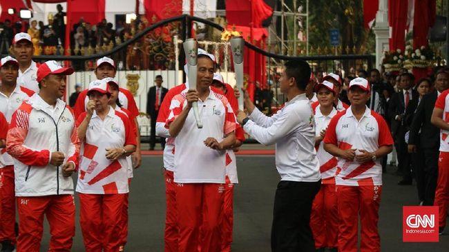 Api Obor Asian Games 2018 Yang Dibawa Jokowi Sempat Padam