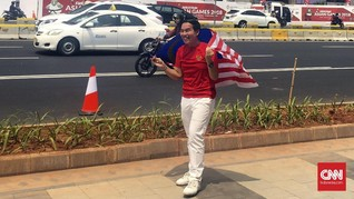 Warga Malaysia Bangga Pakai Kaus Timnas Indonesia
