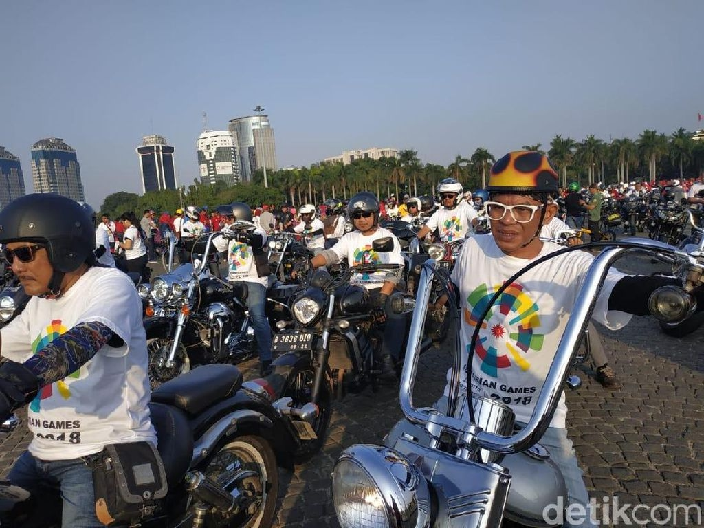 Ratusan Moge Kawal Obor Asian Games