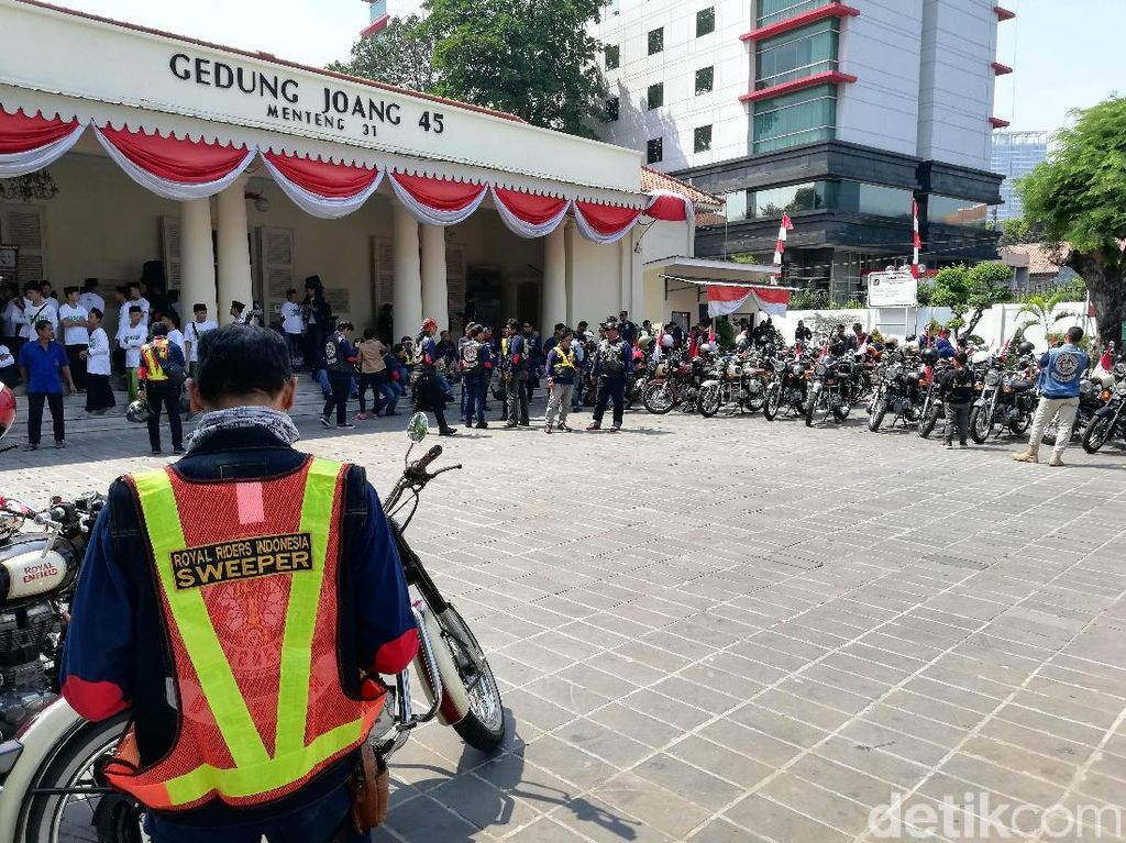 Dalam konvoi Parade Kemerdekaan 2018 ini rute yang dipilih oleh Royal Riders Indonesia akan menuju Monas sebagai destinasi pertama dan selanjutnya Museum Joang 45.