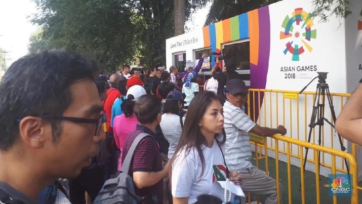 Panitia Asian Games 2018 kena tegur dewan olahraga Asia akibat distribusi tiket yang dinilai kacau.