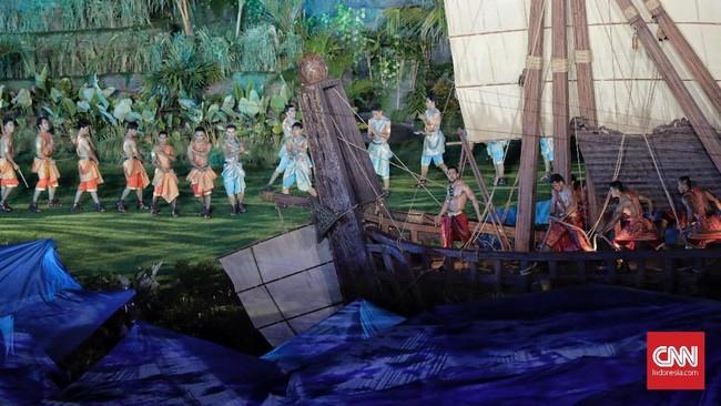 Pertunjukkan seni tari dan instalasi dalam seremoni pembukaan tampak megah dan sangat memukau penonton yang hadir di SUGBK. (CNNIndonesia/Adhi Wicaksono)