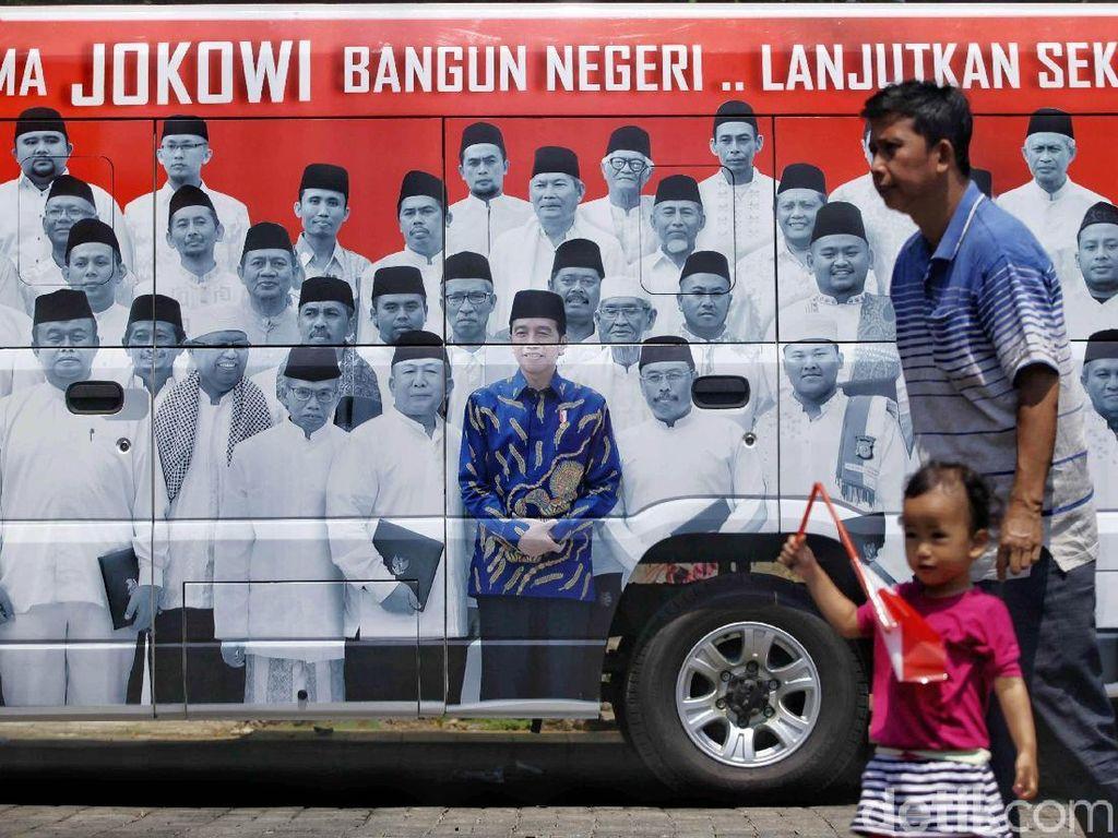 Dukungan Warga Tuna Rungu Untuk Jokowi