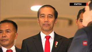 VIDEO: Atraksi Jokowi Naik Motor di Pembukaan Asian Games
