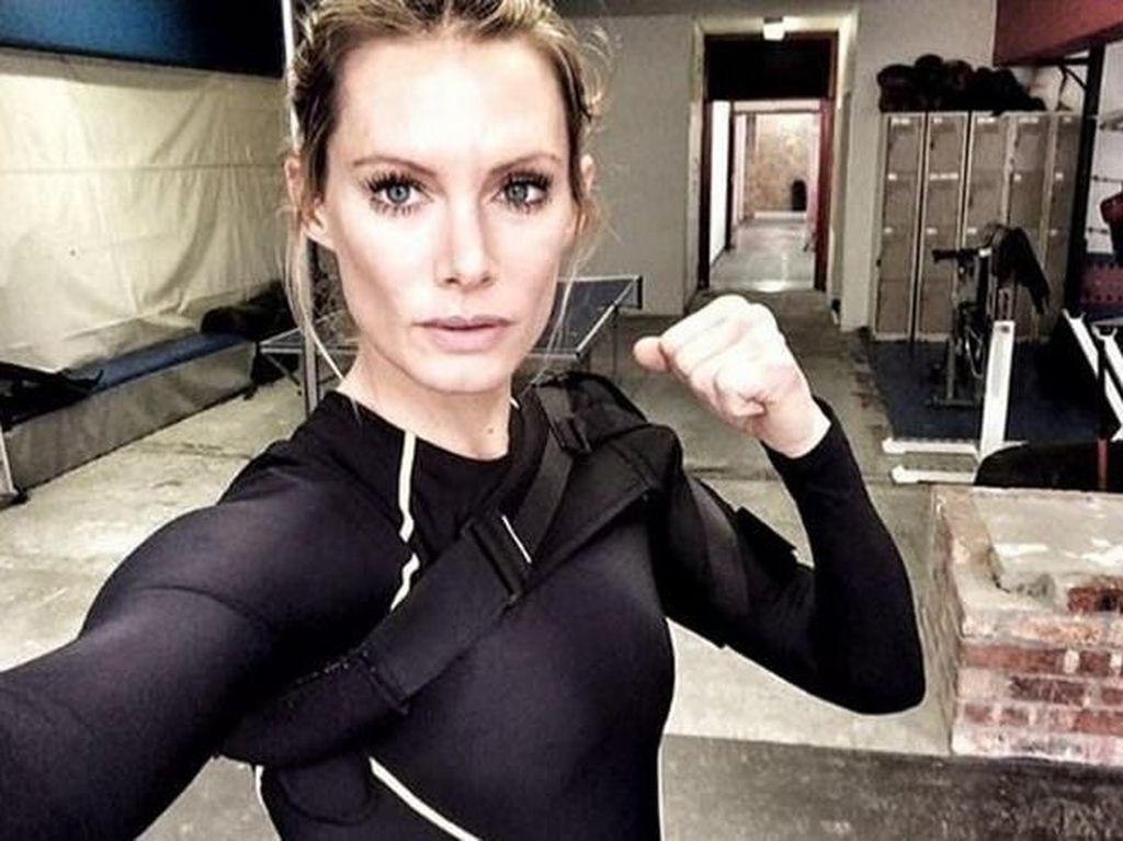 Foto: 10 Stuntwomen Terseksi di Dunia, Siapa Favoritmu?