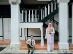 Bukan Hanya di Drama TV, Kisah Cinta Guruku Istriku Ini Nyata