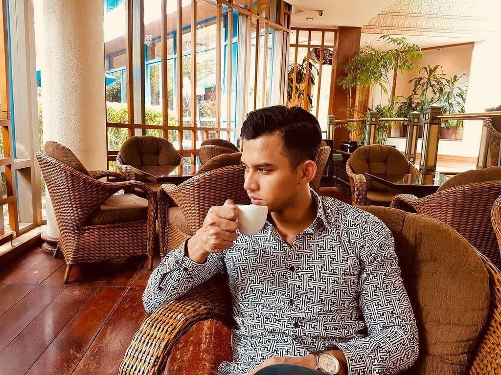 Doyan Makan Sehat, Ini Sajian Pilihan MC Ganteng Rory Asyari