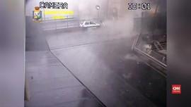 VIDEO: Detik-detik Jembatan Tol Genoa Ambruk