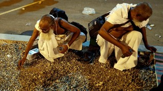 FOTO: Ritual Lempar Jumrah