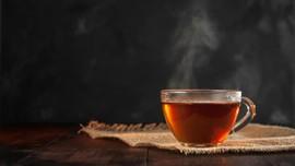Minum Teh Terlalu Panas Picu Kanker Kerongkongan
