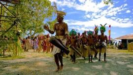 Nuansa Ekotis Hadir di Festival Biak Munara Wampasi