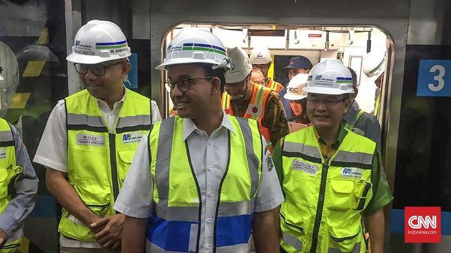 Anies Sebut Kenaikan Tarif Parkir Setelah MRT Beroperasi