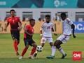 Irfan Jaya Sering Ditabrak di Laga Timnas Indonesia vs UEA