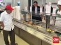 Wapres JK Makan Siang di Kampung Atlet Jakabaring