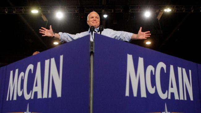 Chuck Schumer Usul Nama Gedung Senat Diubah Jadi John McCain