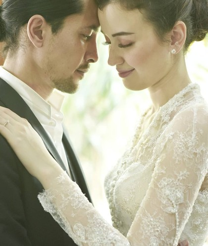 Potret Kemesraan Kimberly Ryder dan Edward Akbar yang Baru Menikah