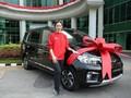 Atlet 'Emas' Wushu Indonesia Dapat Hadiah Mobil China