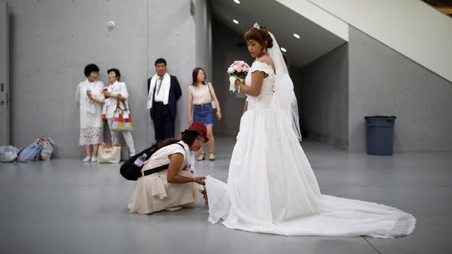 Setidaknya ada 3.000 pasangan dari seluruh dunia mengikuti upacara pernikahan massal di Korea Selatan.(REUTERS/Kim Hong-Ji)