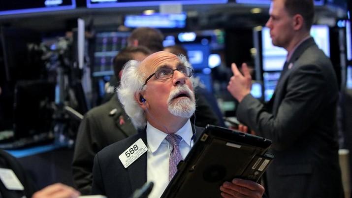 Indeks S&P 500 tercatat mengalami kerugian sebanyak US$ 1,4 triliun atau sekitar Rp 19.600 triliun (kurs Rp 14.000).