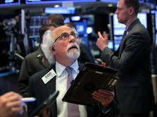 Dow Futures Masuk Zona Merah Jelang Pidato Bos The Fed