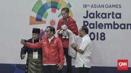 Berpelukan, Jokowi dan Prabowo Nyatakan Semua Untuk Indonesia