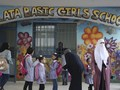 FOTO: Menggantung Asa Anak Palestina di Sekolah Bantuan PBB