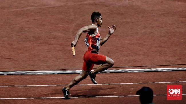 Dalam perjalanan menuju final, catatan waktu Tim Indonesia masih kalah dari Jepang dan China. Namun performa atlet-atlet Indonesia jauh lebih baik saat tampil di final. (CNN Indonesia/Andry Novelino)