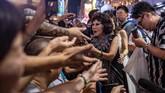 Artis lokal yang sempat mengunjungi kawasan itu akhir pekan lalu pun berharap pemerintah mendukung budaya jalanan di Mong Kok. (AFP PHOTO / Philip FONG)