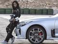 Kegembiraan Wanita Arab saat Diizinkan 'Ngebut'